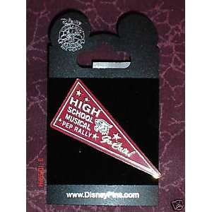 HIGH SCHOOL MUSICAL PEP RALLY PIN RETIRED DISNEY 2008