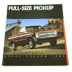 1987 87 Chevrolet CHEVY PICKUP Truck BROCHURE R10 V20