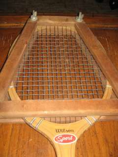 Vtg 1950s / 60s WILSON SPORT STRATA   BOW WOODEN TENNIS RACQUET WITH