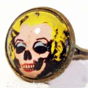 Retro Style Bronze Marilyn Monroe Ring Strange Unique Gift Skull Face