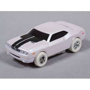 Xtraction Concept Dodge Challenger White Rel 7 iWheels