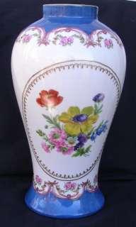 PARIS ROYAL PEINT A LA MAIN Porcelain Hand Painted 11 Vase Floral