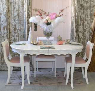 8553   Beautiful Shabby White Oval Dining Table with Floral Appliques