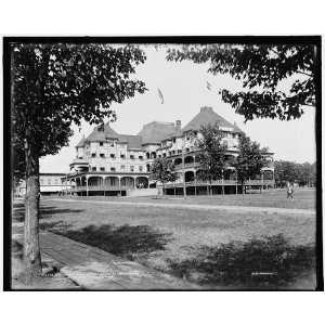 Columbia Hotel i.e. Columbian,Thousand Island Park