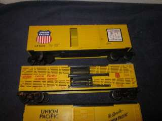LIONEL TRAINS UNION PACIFIC FREIGHT CARS ROLLING STOCK