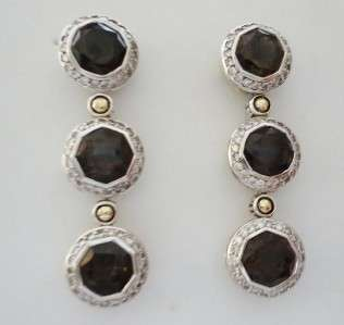 Style Post Earrings. From the Batu Sari Diamond Collection. Earrings