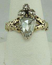 ANTIQUE GEORGIAN GOLD ROSE CUT DIAMOND RING CROWNED HEART MOTIF