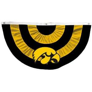 University of Iowa Hawkeyes Logo Team Bunting: Patio, Lawn