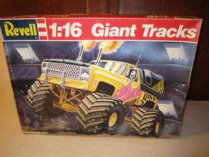 Revell Models 1/16 Monster Truck Giant Tracks