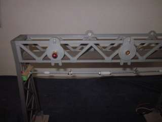 LARGE G SCALE GAUGE OVERHEAD SIGNAL BRIDGE ACCESSORY