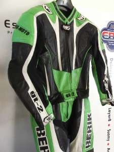 Berik Green GT2 Two Piece Motorcycle Leathers UK 42 Large VGC