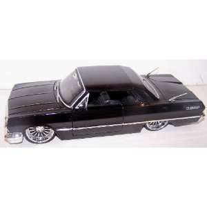 Jada Toys 1/24 Scale Diecast Dub City 1963 Chevy Impala in
